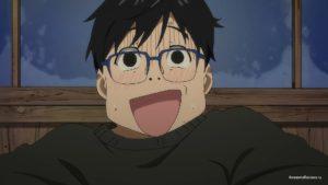 Юри Кацуки (Yuuri Katsuki) радуется